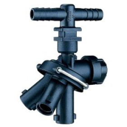 "TeeJet 3/4"" Quick TeeJet Triple Nozzle Body (24230A-3-785-NY)"